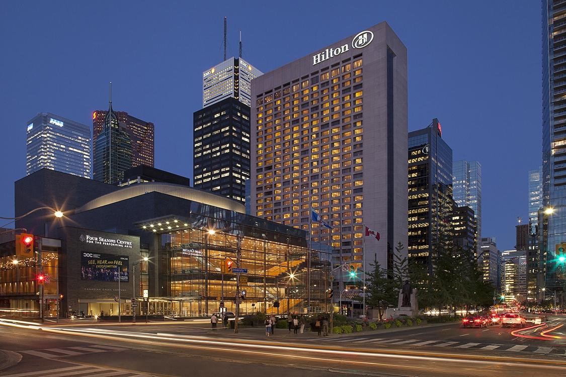 2 Exterior Hilton TO